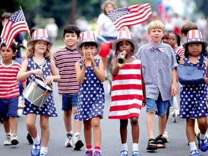 4th-of-July-Children-at-a-Parade1