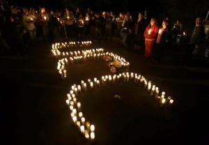 Umpqua Community College candlelight vigil