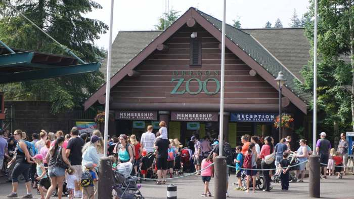 oregon-zoo-entrance